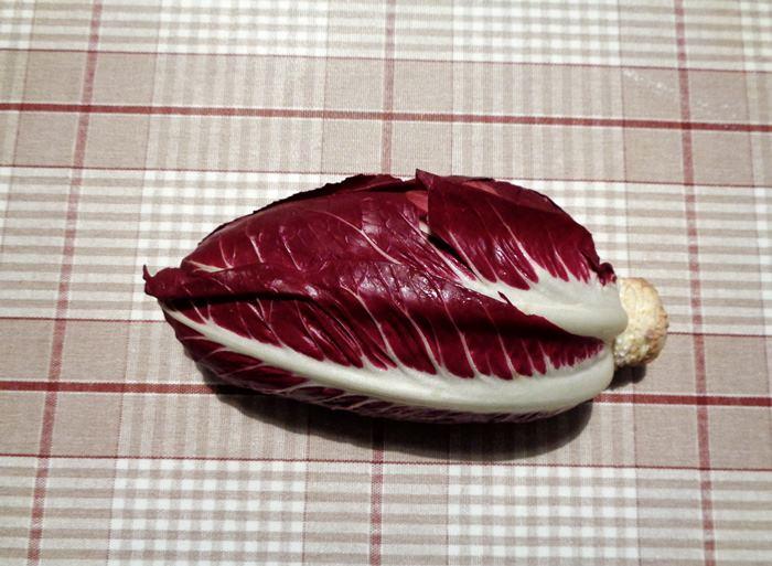 салат из цикория - вилок цикория