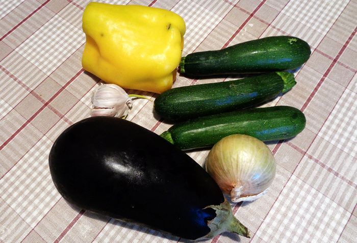 летнее овощное рагу - набор продуктов