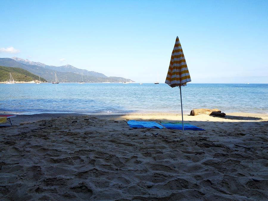 июль в Италии - утро у моря