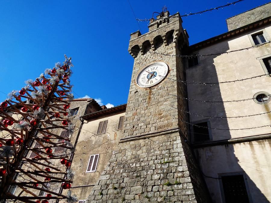 Санта Фьера - башня с часами
