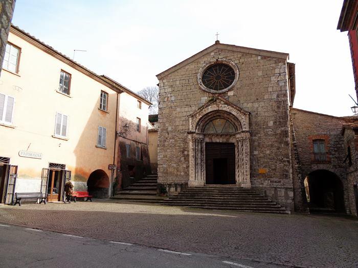 Роккальбенья - церковь