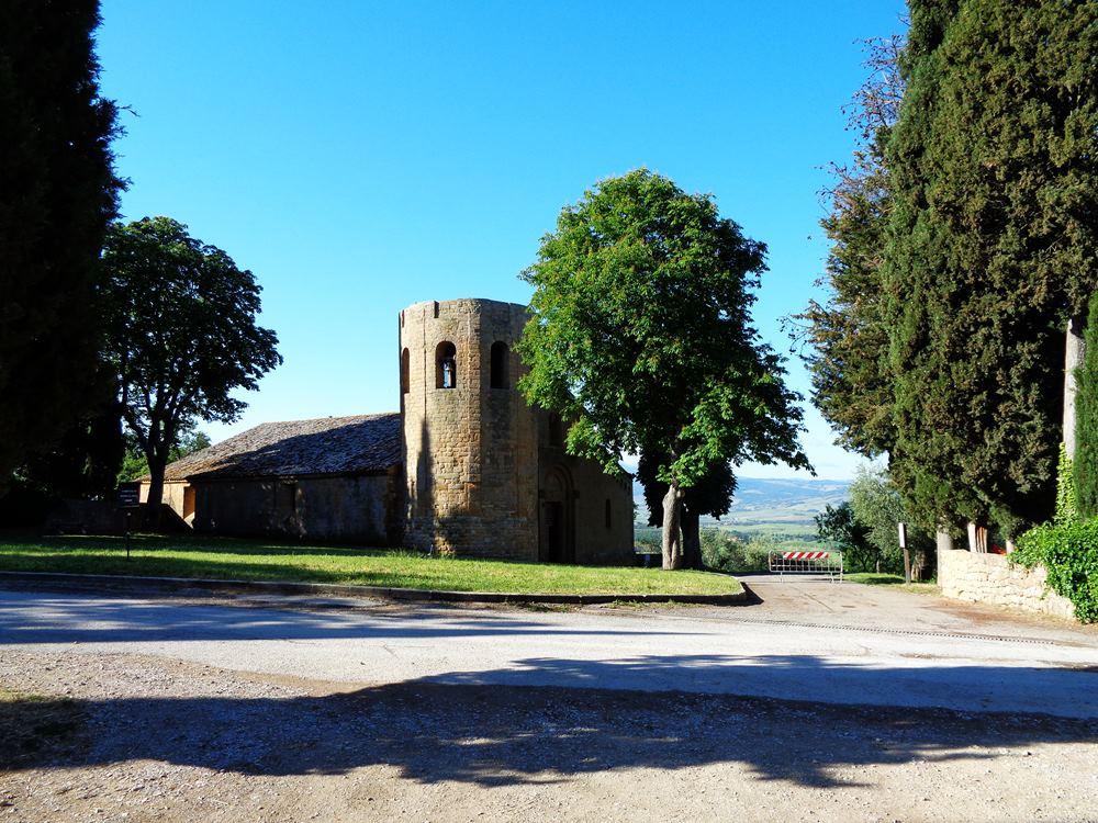 церковь возле Пьенцы