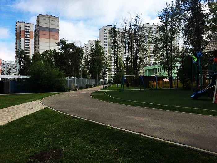 уголок в ЮЗАО в Москве