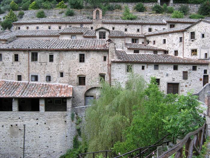 монастыри в Италии