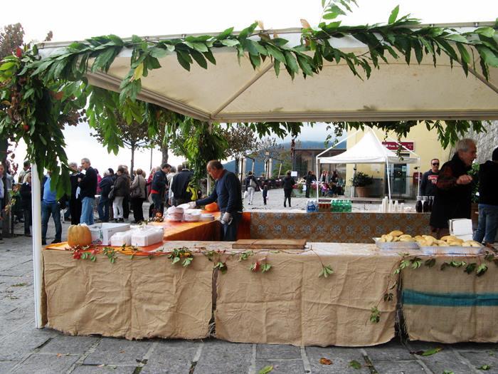 праздник каштанов в марчане на Эльбе