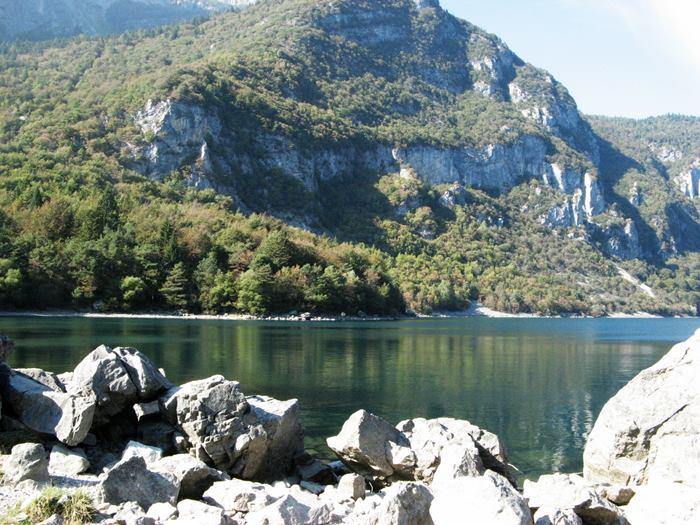 озеро Мольвено