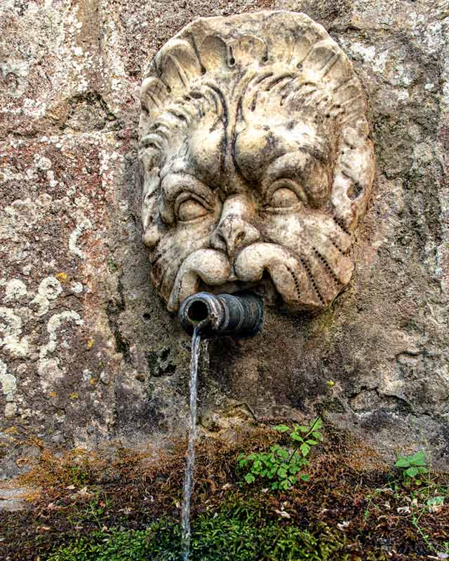 фонтан с питьевой водой, мадонна дель монте