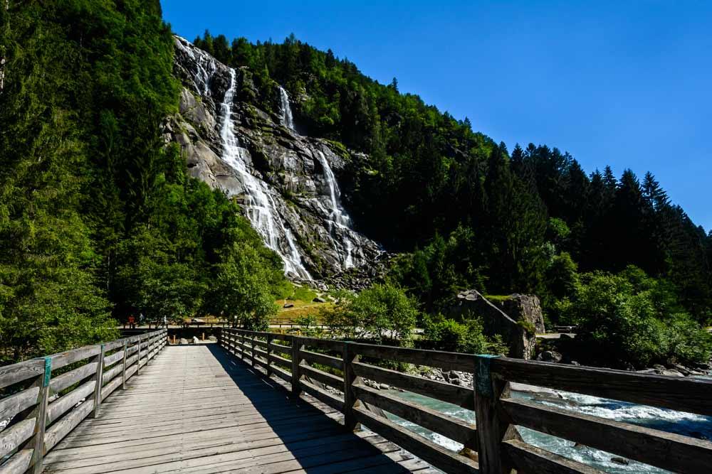 Валь Дженова - водопады Нардис