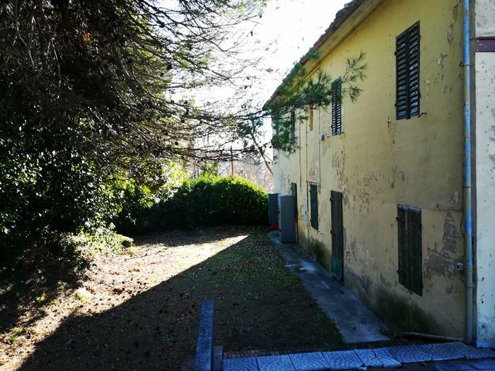 дом в Италии требует ремонта