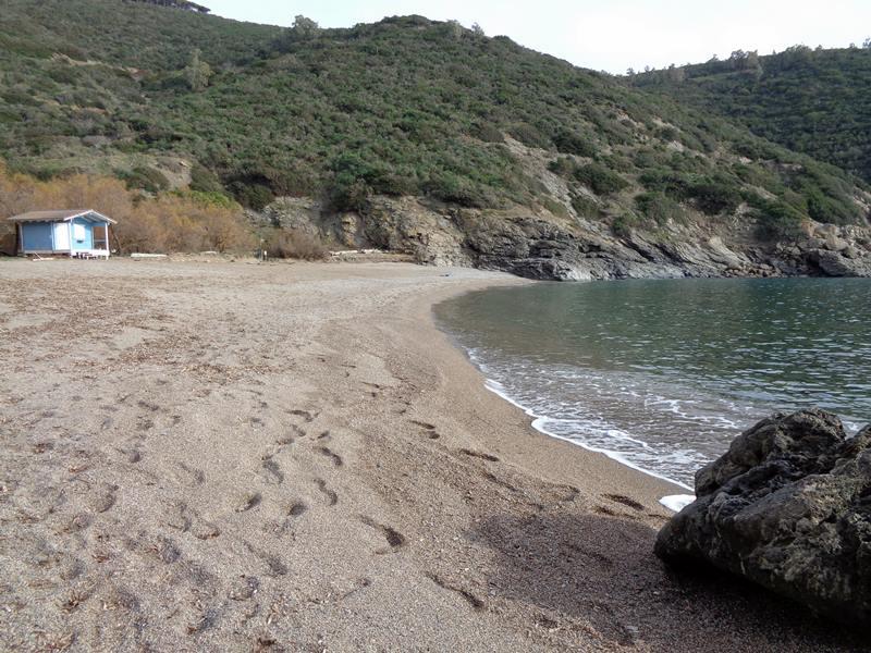 форма пляжа Ремаёло - полукруг