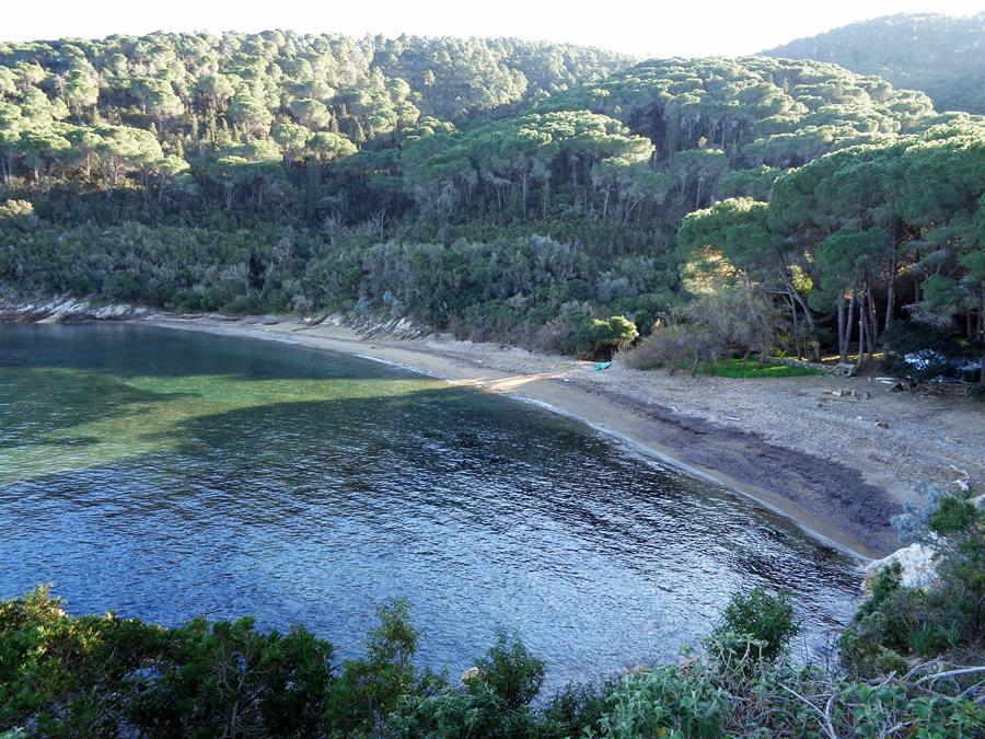 вид на пляж Истия