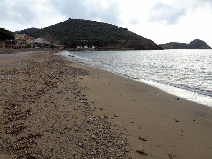 пляж Иннамората на острове Эльба