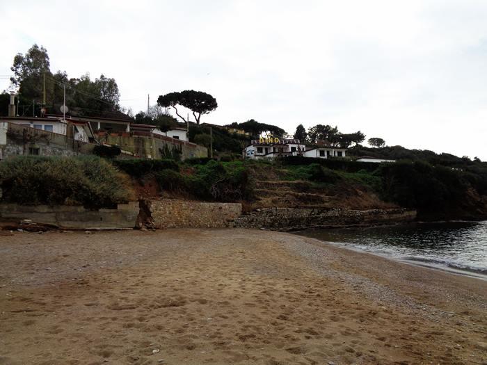 пляж Парети - левая часть