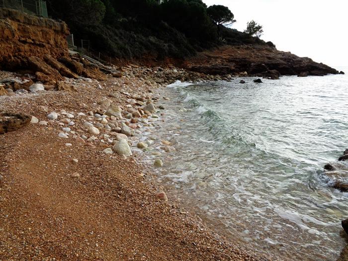 пляж Мадонна делле Грацие - левая часть