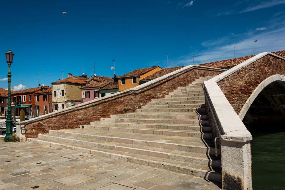лестница на мост в Мурано