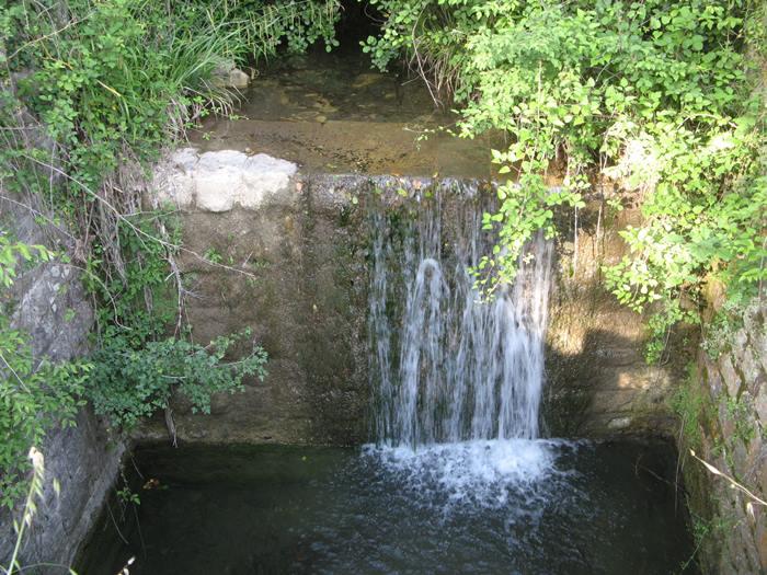 Тоскана - лесной ручей