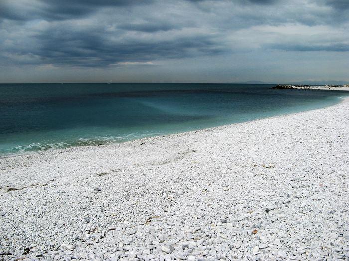 Марина ди Пиза - средиземное море в октябре