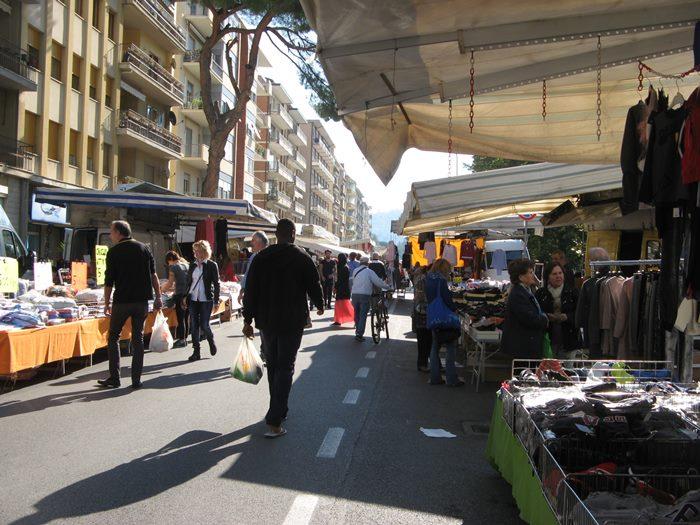 рынок вещей в Ареццо