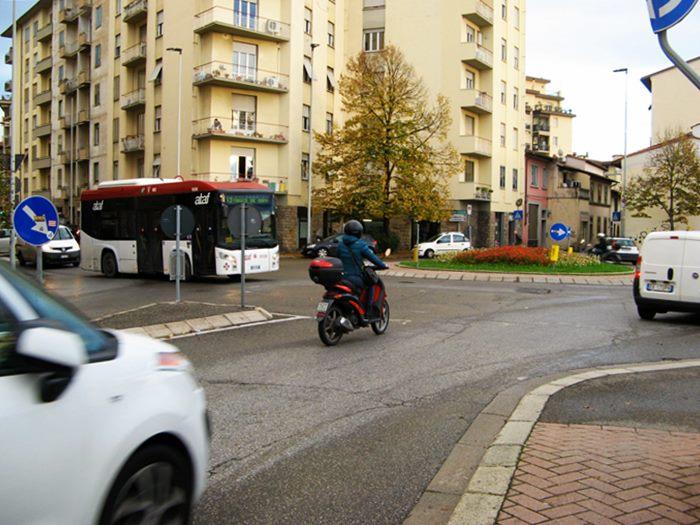 Флоренция - Рифреди - площадь с круговым движением