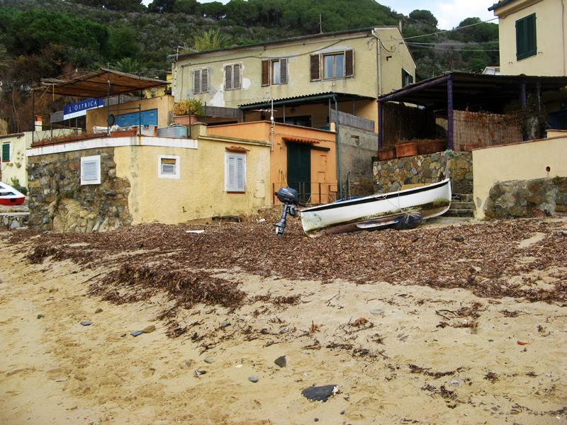 пляж Форно в декабре