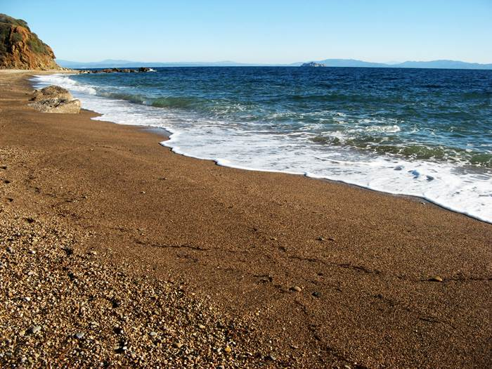 пляж Кала Серегола - ласковое море