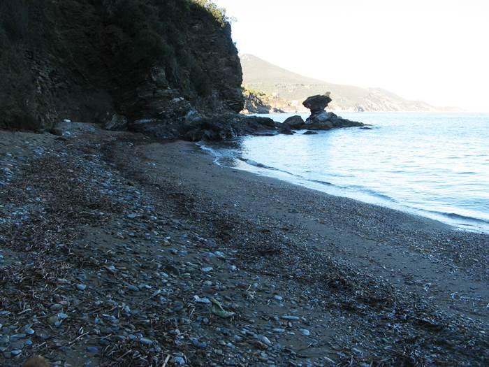 Пляж Портиччоло ди Рио - левая сторона