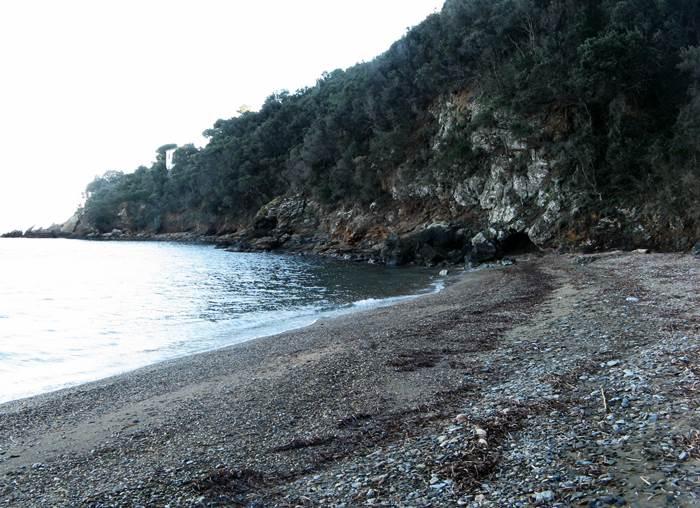 Пляж Портиччоло ди Рио - правая сторона