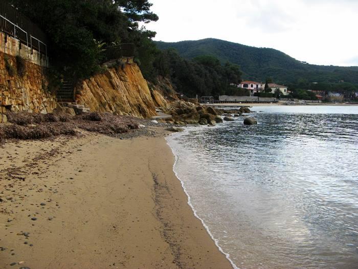 пляж Гвардиола - левая часть
