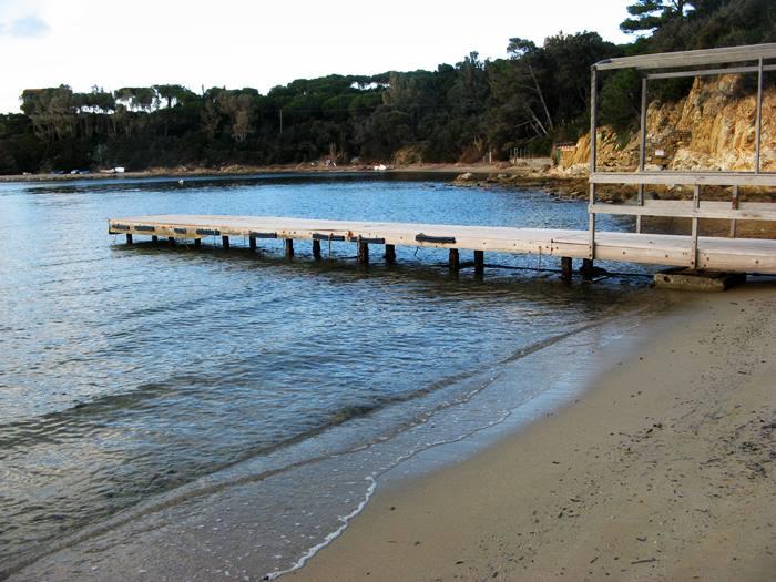 пляж Гвардиола - причал