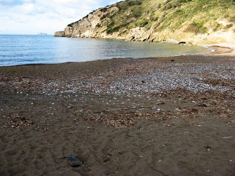 пляж Ниспортино - правая сторона