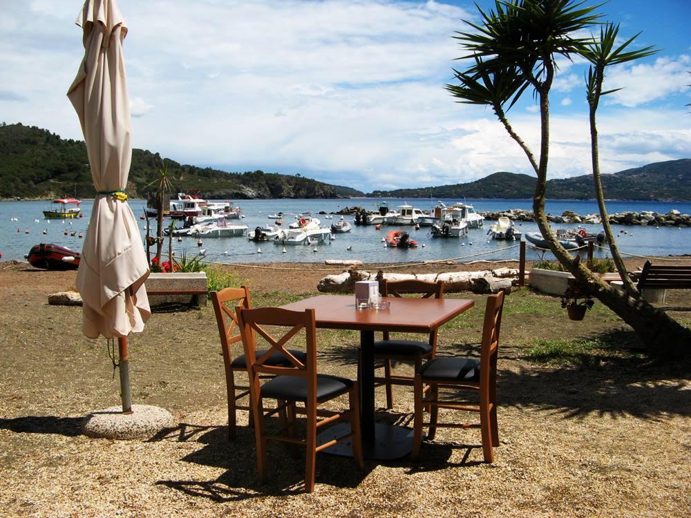 вид на море из ресторана