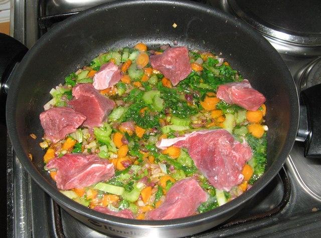 ragu-ovoshhi-i-myaso-рагу-овощи-и-мясо