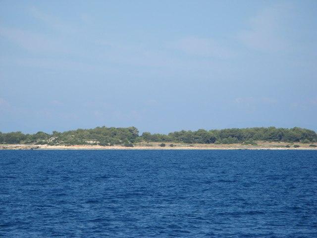 вид на остров Пьяноза с корабля