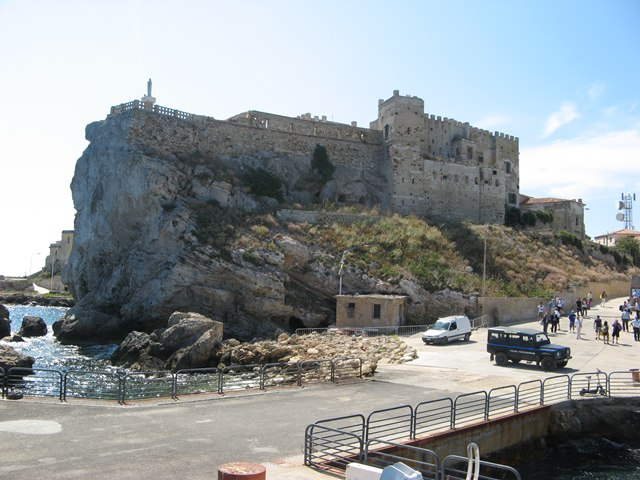 ostrov-pyanoza-остров-пьяноза-крепость