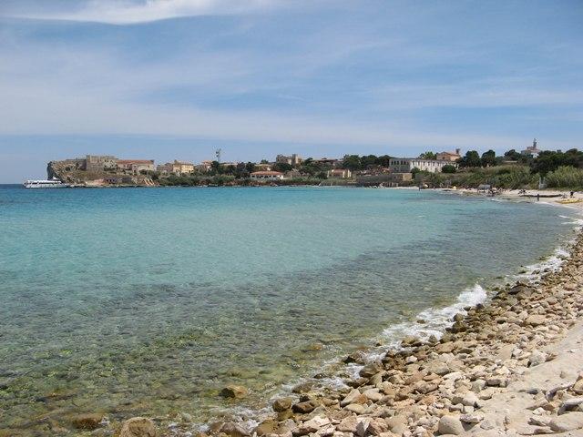 Чистейшее море в районе острова Пьяноза