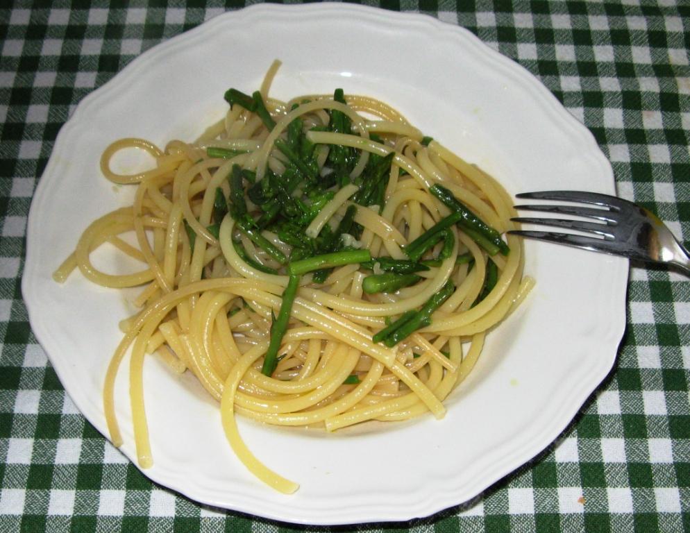 спагетти со спаржей