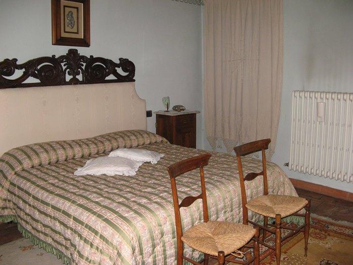 спальня в итальянском доме