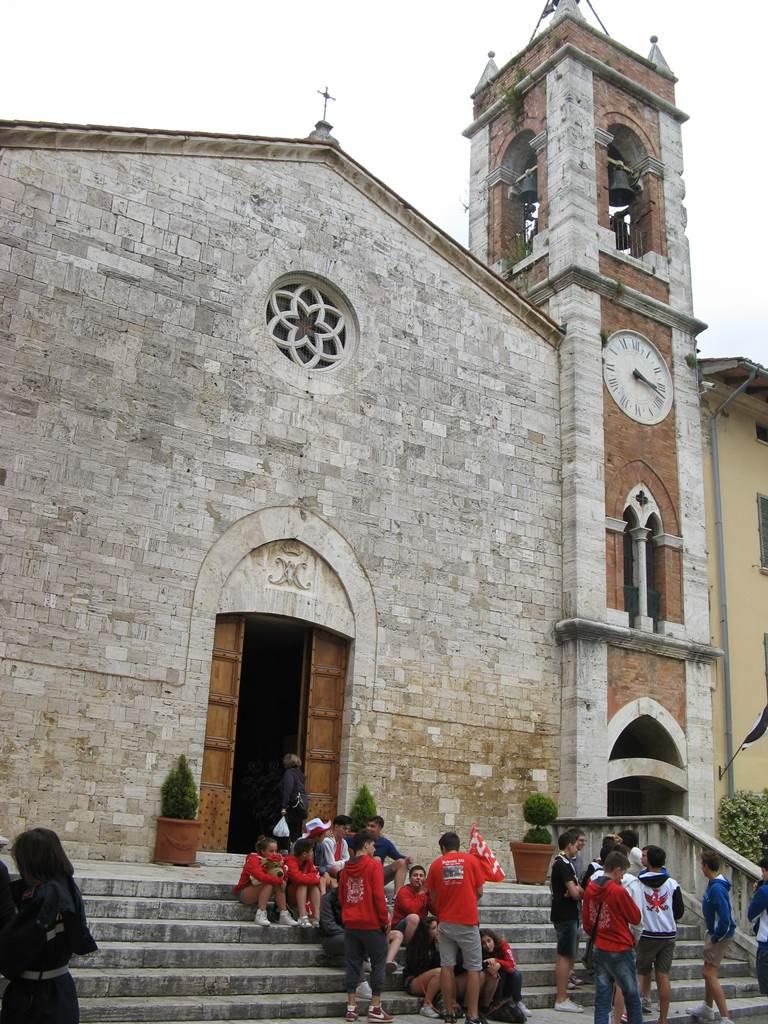 Церковь в центре Сан Квирико Дорча