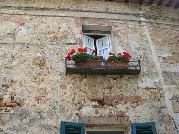 дом 13 века в Монтериджони