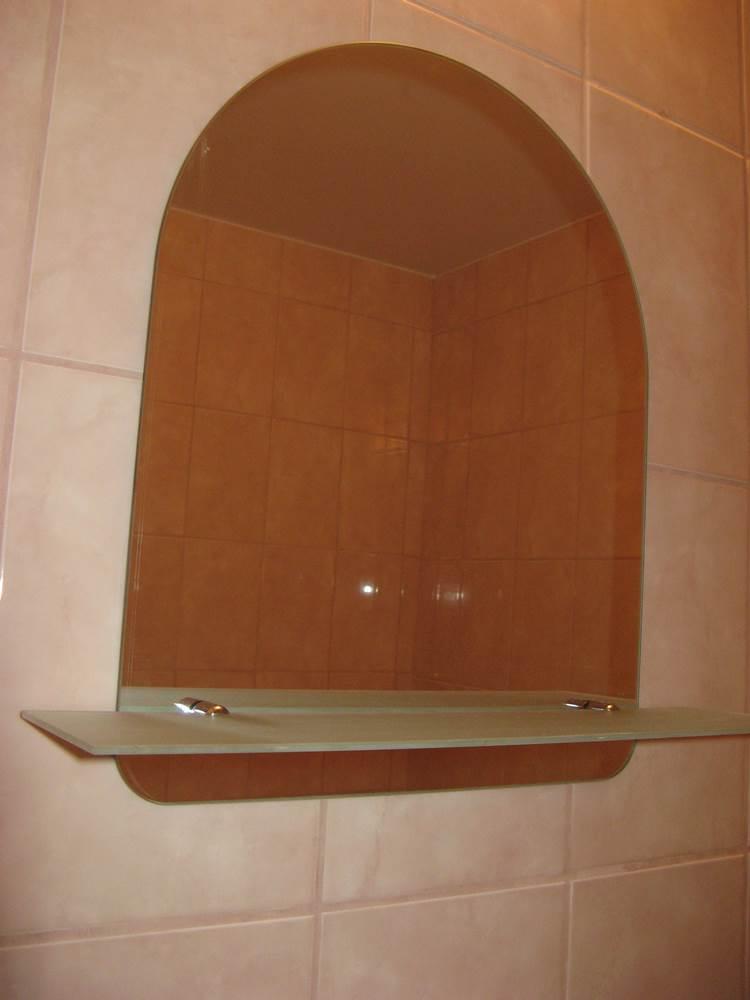 зеркало с полочкой в ванную
