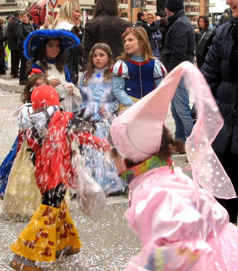 karnavaly-v-italii-карнавалы_в_италии