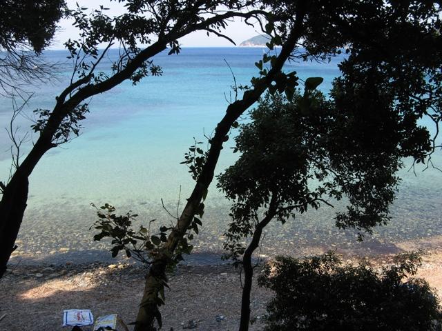 plyazhi-na-ostrove-elba-paolina-пляжи-на-острове-эльба-паолина