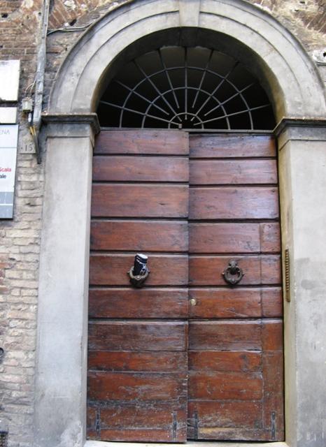 italyanskie-dveri-vhodnye-итальянские-двери-входные
