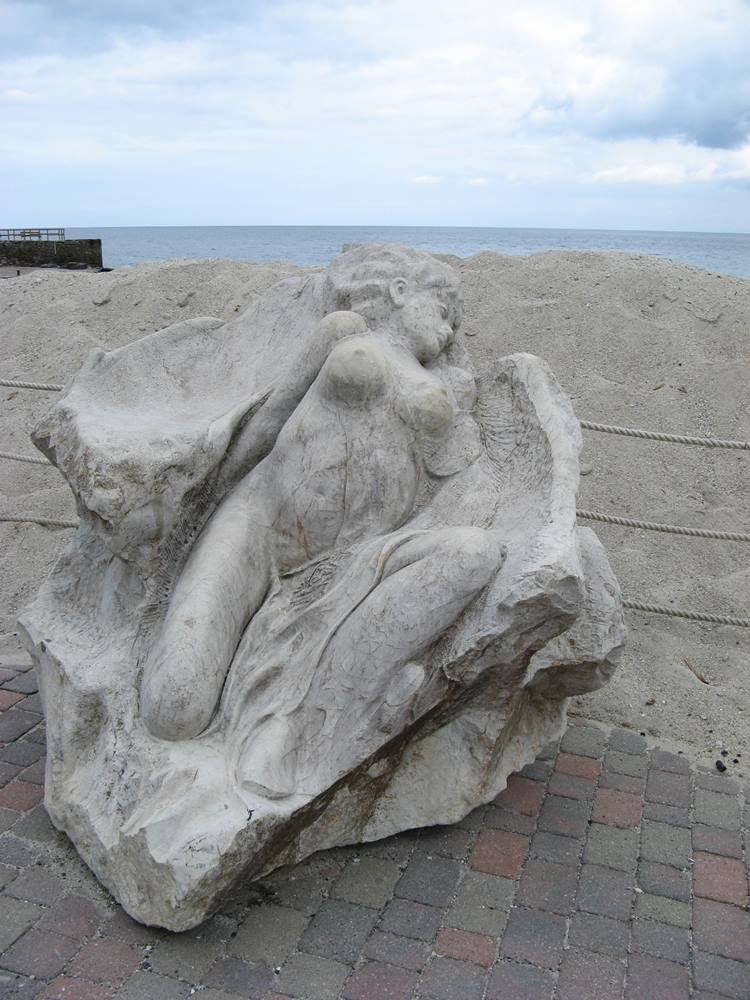 гранитная скульптура в сант андреа