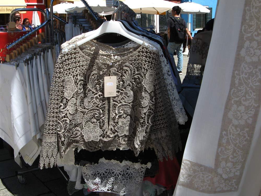 блуза из буранского кружева