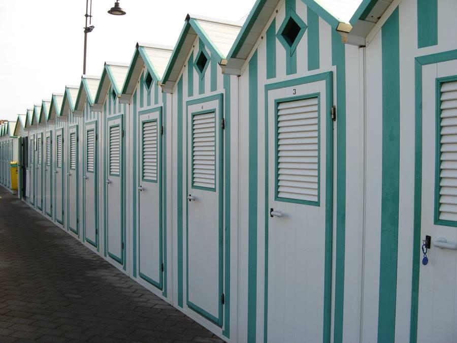 пляжные кабины