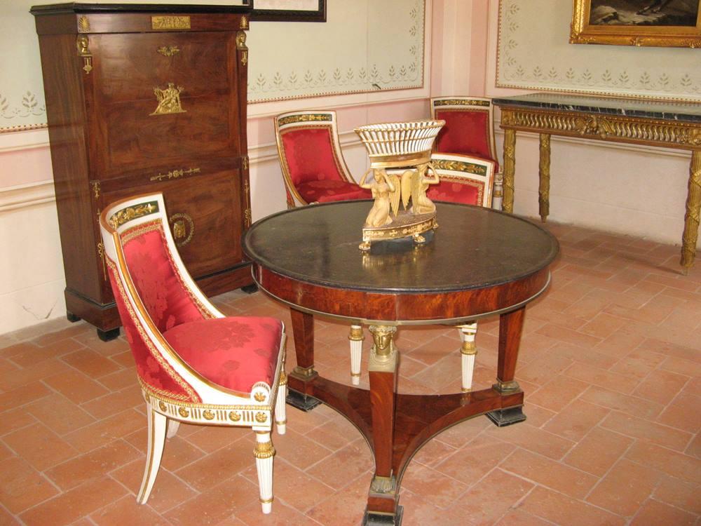 Часть столовой Наполеона