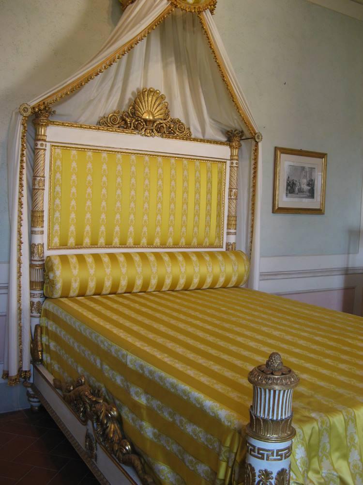 Кровать Паолины Бонапарт