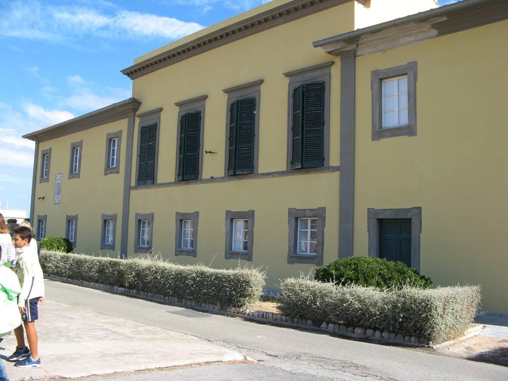 Дворец Мулини в Портоферрайо - резиденция Наполеона Бонапарта на острове Эльба в Италии