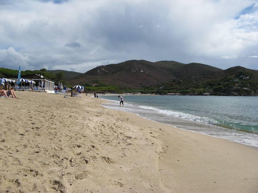 Пляж с уклоном